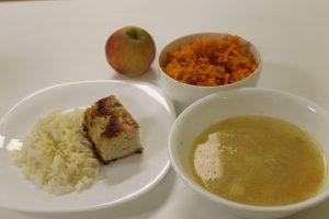 Padažas prie patiekalo ir grietinė sriuboje pagal valgiaraštį turi būti pateikta